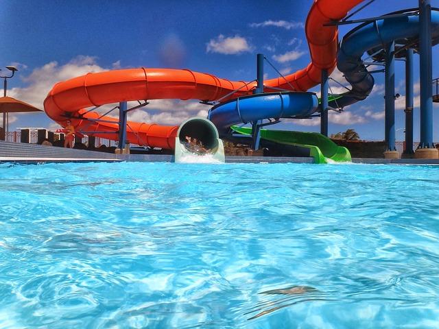 Parques acuáticos en Barcelona, la alternativa de verano para los niños