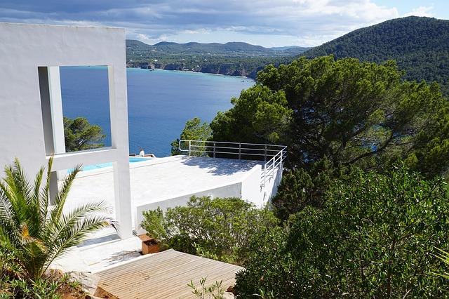 Villas en Ibiza, la inversión inmobiliaria que está marcando tendencia en el mercado