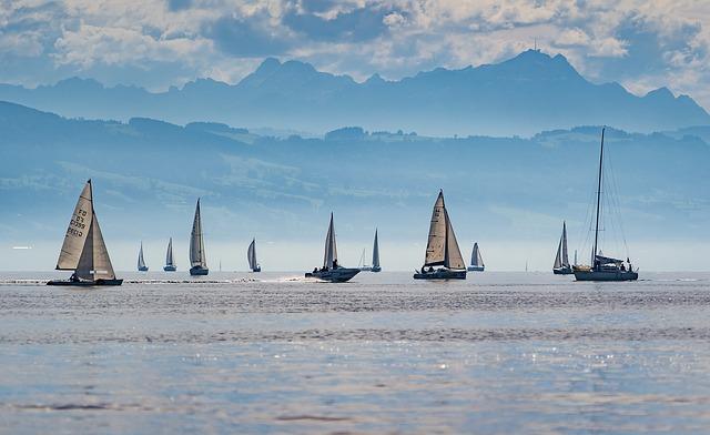 Turista náutico en España, ¿cuál es el perfil que más destaca por la costa?