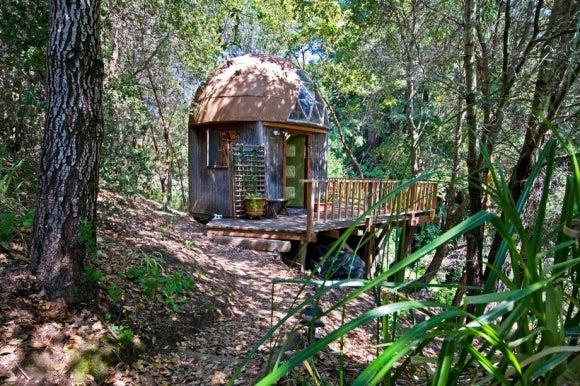 Cúpula de hongos, ¿conoces la casa turística más visitada de Airbnb?