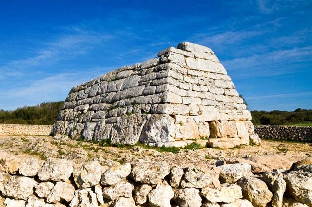 Naveta Des Tudons, ¡uno de los monumentos más importantes de Menorca!
