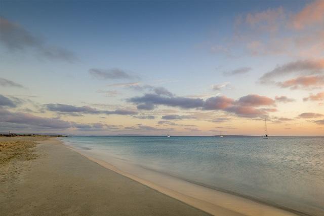 Playa Migjorn, ¡un paseo para disfrutar de Formentera también en invierno!