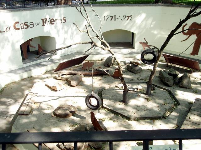 Casa de las Fieras del Parque del Retiro de Madrid