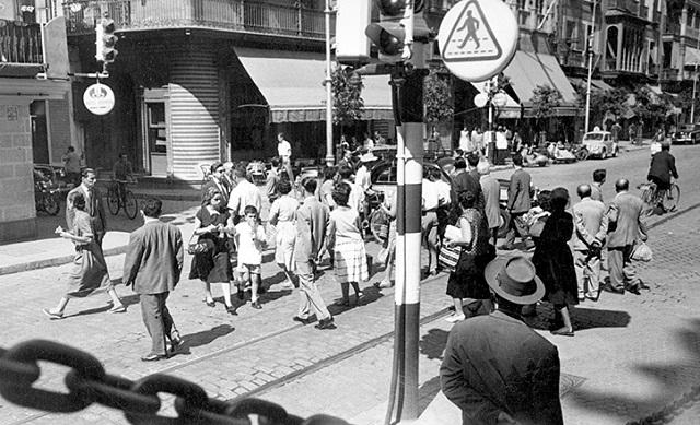 La Avenida de la Constitución de Sevilla en 1958