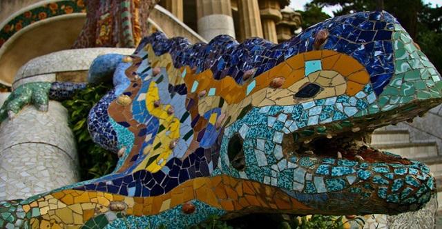 Dragones en Barcelona, ¡una ruta turística que no podrás dejar de hacer!