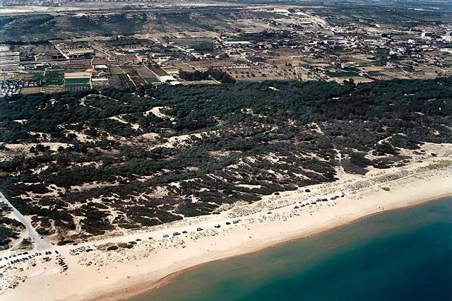 El Rebollo es una de las playas largas en España