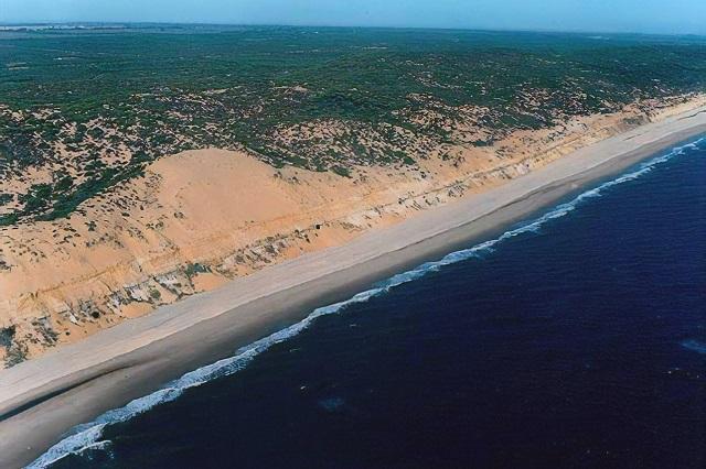 Huelva tiene una de las playas largas de España más impresionantes
