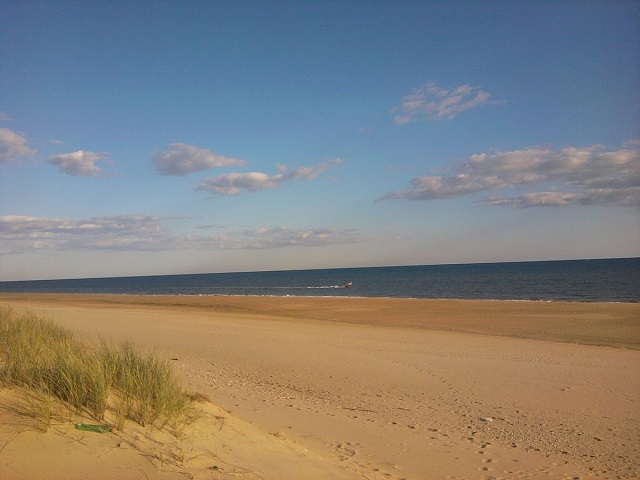 Nueva Umbría es una de las playas largas en España