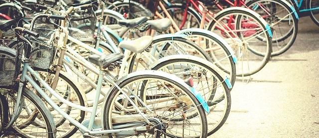 Sevilla en bicicleta, una forma muy saludable de recorrer el centro de la ciudad