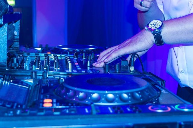 Discotecas en Ibiza, ¡10 locales donde pasar tu mejor noche en la isla!