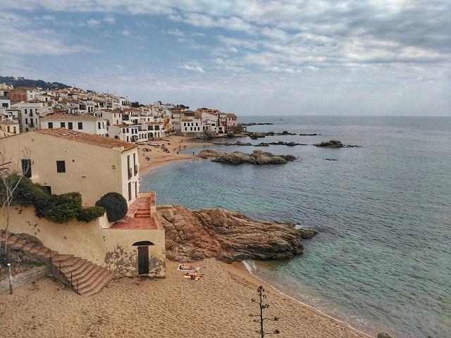 Calella de Palafrugell, el pueblo de cuento de la Costa Brava más allá de sus playas