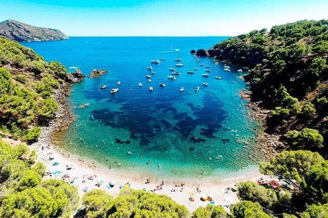 Bahía de Rosas de Girona, uno de los rincones más bonitos del mundo